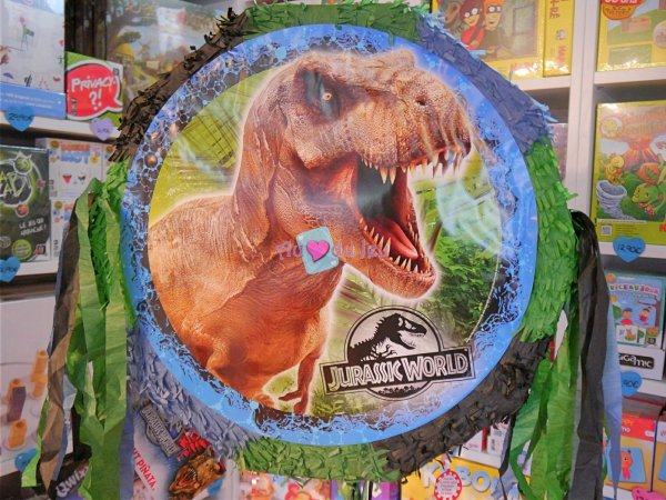 Piñata Jurassic World